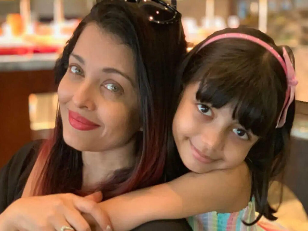 Daughter Aaradhya looks like a copy of mother Aishwarya