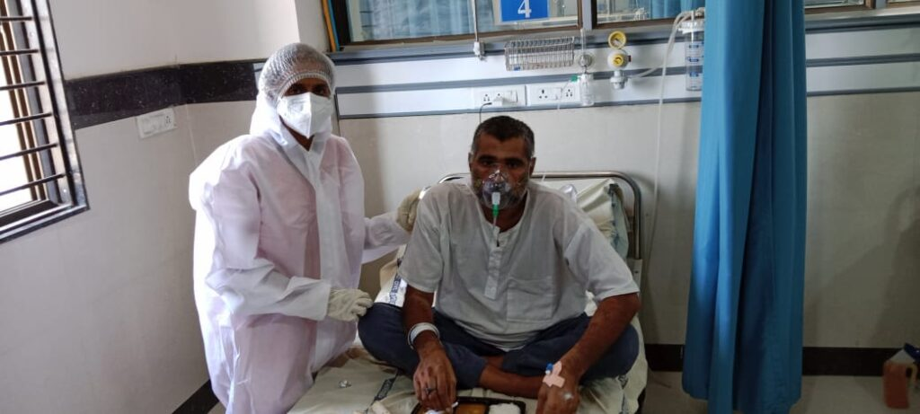 Salute to Corona Warriors: Artiben, who has been on duty at the Civil Hospital since the fourth day of marriage